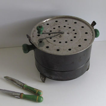 Early Electric Popcorn Popper Green Wood Handle Kitchen Utensil Primitive Popcorn Popper