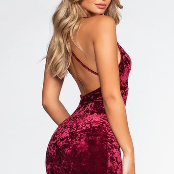 Major Crush Velvet Dress - Burgundy