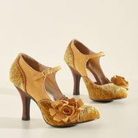 Statement Arrangement Heel in Honey | Mod Retro Vintage Heels | ModCloth.com