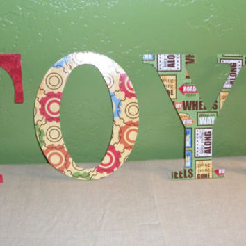 Wooden Word Wall Decal TOYS