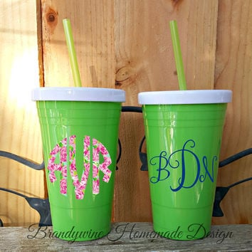 Solo Type Cup with Lid and Straw, Reusable Solo Cup, Green Solo Type Cup, 20 oz Solo Cup, Monogrammed Cup, Cup with Name, Personalized Cup