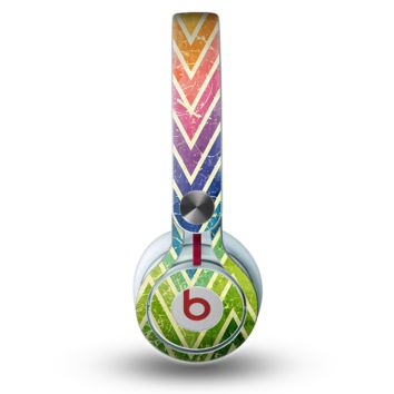 The Grunge Vibrant Green and Neon Chevron Pattern Skin for the Beats by Dre Mixr Headphones