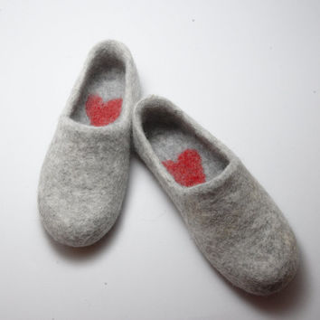 Felted wool clogs Love Hurts - Wool slippers - womens slippers - Felt coarse organic wool - valentines day gift - bet gift for him