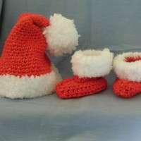 Newborn Santa Hat and Bootie Set