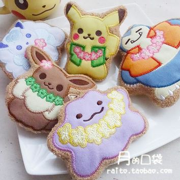 TROPICAL SWEETS Key Chain Icing Cookie Alola Vulpix Eevee Snorlax Ditto plush dpll
