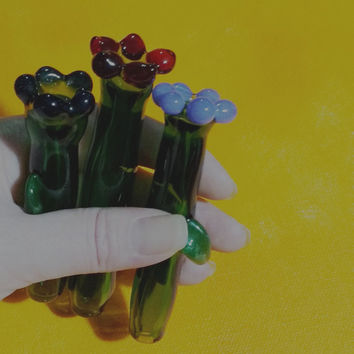 Glass Flower One Hitter's/Chillums with Shimmering Green Moss Leaf/Smoking Accessories/Tobacco Accessories/Glass Pipes/Flower Pipes/Flowers