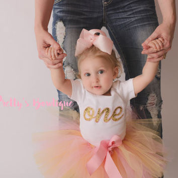 Girls Pink and Gold First Birthday Outfit -- Girls outfit bodysuit/shirt, bow, and legwarmers -- Girls One outfit -- Pink and Gold outfit