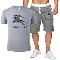 Burberry New fashion letter war horse print top and shorts two piece suit men Gray