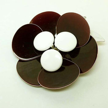 Brown Flower Brooch - Vintage Flower Power Pin - 1960's Mod