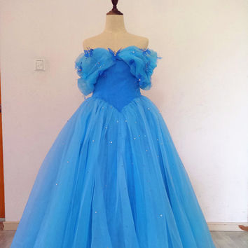 Real Photos Floor Length Off-shoulder Corset Cinderella Dress with Butterflies and Beadings Light Blue Ball Gown