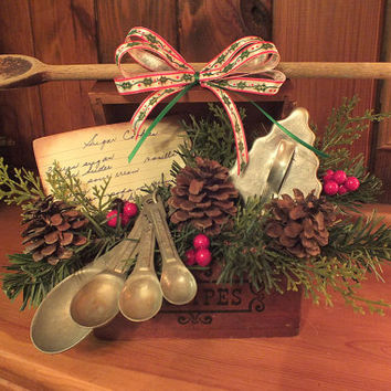 Recipe Box Christmas Arrangement with Vintage and Recycled Materials