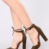 Can't Say No Heel - Olive