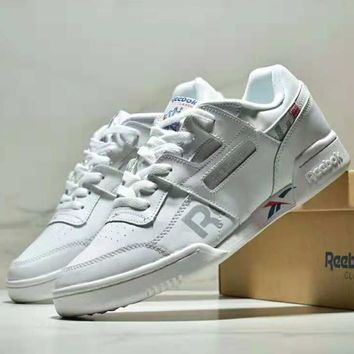 Reebok CLUB C 85 casual running shoes flat white shoes retro shoes white
