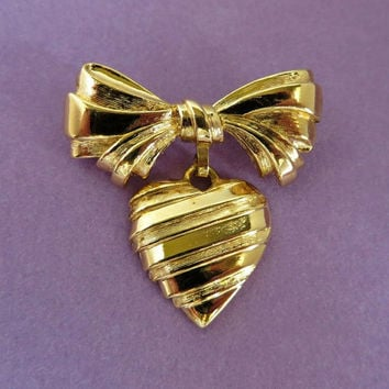 Vintage Avon Gold Tone Bow Pin, I Love You Grandmother Brooch Dangling Heart, Grandmother Gift