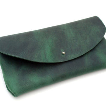 Leather clutch bag. Emerald green oiled leather handbag. Bags and purses. Bottle green leather bag. Full grain leather. Clutch purse. LB014