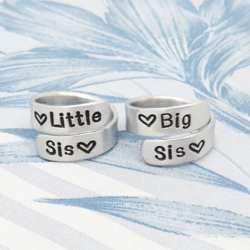 Sister jewelry - Big sis Little sis rings - gifts for sisters - 3 sister rings - Three sisters rings - BFF gifts