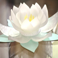 Soap Favors... Custom Lotus Wedding Favor - Bridal Shower Favor - Wedding - Home Decor - Gift Ideas