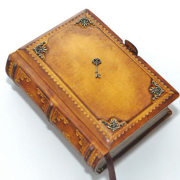Small  leather journal- light brown - vintage style