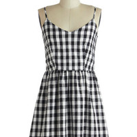Singing in Gingham Dress | Mod Retro Vintage Dresses | ModCloth.com