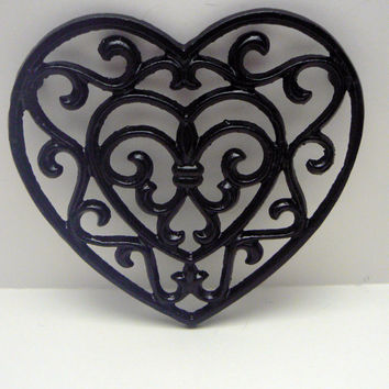 Heart Cast Iron Trivet Hot Plate Glam Black Ornate Swirly Heart Shaped Fleur de lis Center French Country Decor