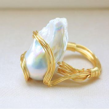 Ring 14K Gold filled Wire wrapped Freshwater Pearl
