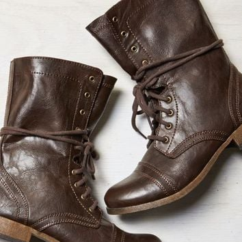 AEO Women's Rugged Lace Front Boot