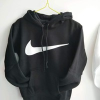 NIKE White cotton round neck long-sleeved sweater autumn skateboard street men and women lovers section G