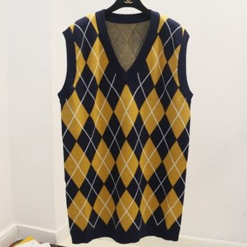 Autumn and winter wild knit vest in the long section of the diamond-style plaid college sweater vest female