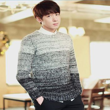 2017 autumn and winter In the spring of the new men's sweaters Long sleeve jacquard collar sweater Man turtleneck sweater