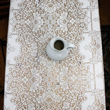 Ivory Lace Tablecloth, Large Formal Banquet Tablecloth, Quaker Lace Style, Trellis Motif, Shabby Chic Decor, Weddings, Vintage
