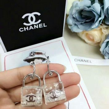 LMF3DS Chanel new type lock Earrings dangle fashion  Logo 2018