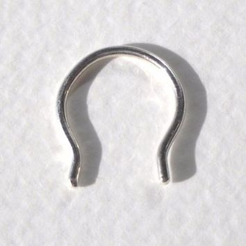 925 Sterling Silver Flared Septum Retainer 18G