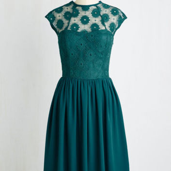 Long Short Sleeves A-line Up and Stunning Dress in Emerald