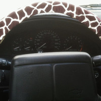 Giraffe steering wheel cover