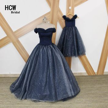 Navy Blue Long Prom Dresses 2018 New Bling Tulle Ball Gown Mother And Daughter Dresses Boat Neck Lace Up Back Arabic Prom Dress