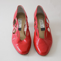 Vintage Red Leather Cut Out Slip On Shoes / Talia