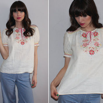 Vintage 60s Mexican Blouse / Oaxacan Peasant Blouse / Floral Embroidered / Boho, Festival Top / Penny Lane