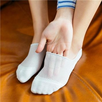 Mesh Breathable Sweat Dry Ankle Socks Invisible Boat Socks