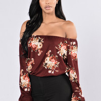 Rosy Love Top - Burgundy