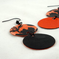 Black and Orange Paper Disc Earrings by theotherstacey on Etsy
