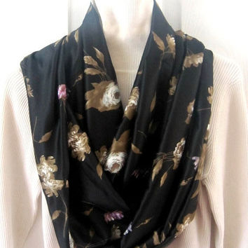Christmas in July 15% off Infinity scarf, circle scarf in gorgeous browns
