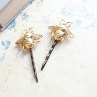 Bee Bobby Pins, Gold Honey Bees, Ready to Ship, Raw Brass, Woodland Wedding, Insect, Golden Pair of Hair Pins, Garden, Nature, Forest