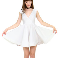 WHITE OUT FLARE DRESS