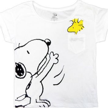 Peanuts Snoopy With Woodstock Jumping From White Pocket Juniors Over-Sized Cropped T-shirt - Peanuts - | TV Store Online