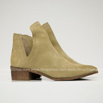 Pronto Natural Leather Booties