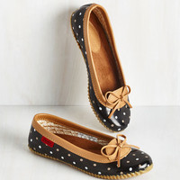 Darling Back in a Splash Rain Shoe in Black Dots