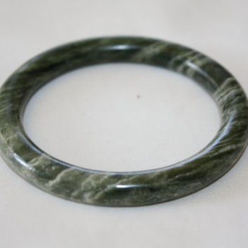 Vintage Jade Bangle Bracelet Green Apple Jade Asian Bracelet 1940s Jewelry