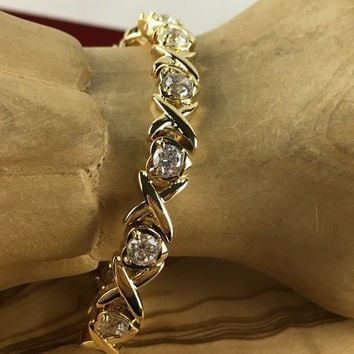 "18K Gold Filled - White Topaz ""XO"" Heart Tennis Bracelet"