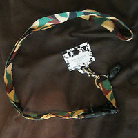 """Military Camo Camouflage 15"""" lanyard for ID Holder and Mobile Device-New w/Tags"""