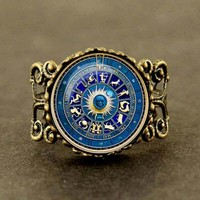 2018 New Fashionable Vintage Blue Yin Yang Wicca Ring Novelty Zodiac Sign Jewelry Gift Glass Cabochon constellation sun god